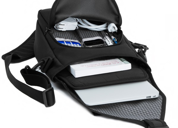 tom-bihn-ristretto-bag-for-ipad-macbook-air