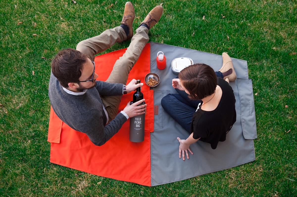 yield-picnic-bag