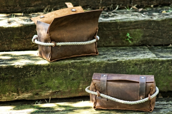hf-triple-leather-dopp-kit