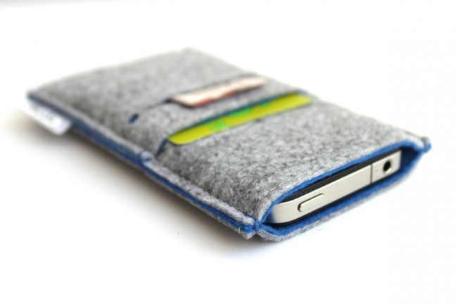 bholsa-iphone-sleeve-wallet