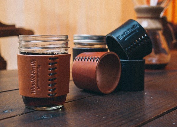 half-pint-leather-jar-sleeve