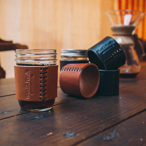 half-pint-leather-jar-sleeve
