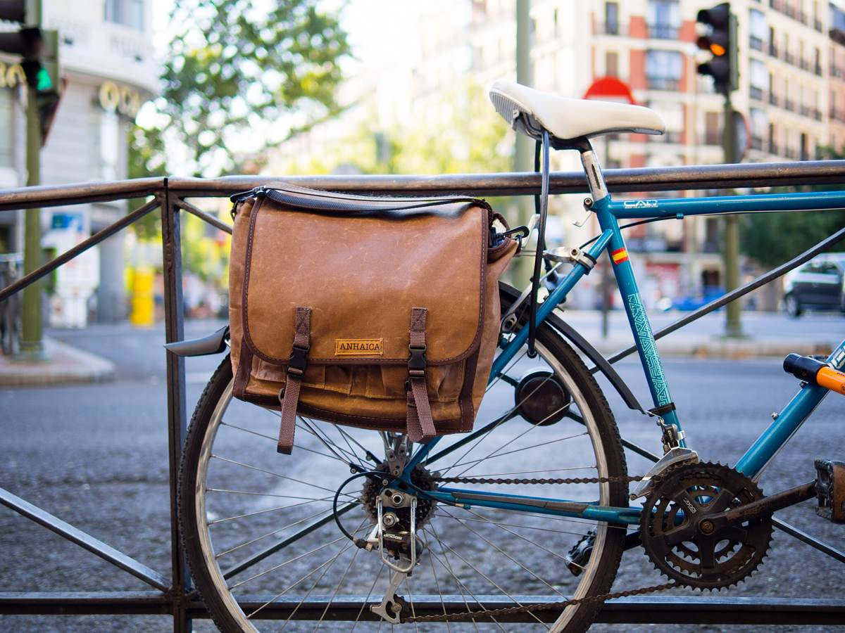 anhaica-bag-works-bike-messenger-bag