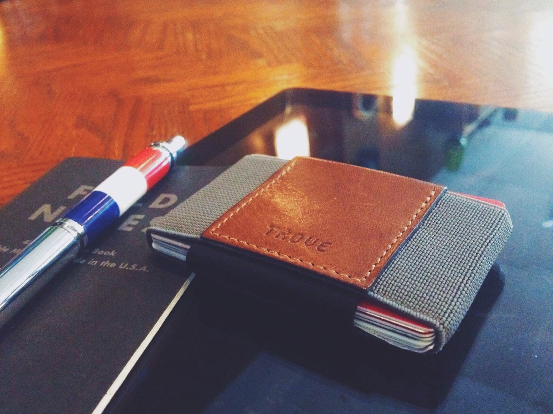 "The TROVE wallet. (£30–£40, or approx. $40–$53 USD; pictured here is the ""coffee"" colorway)"