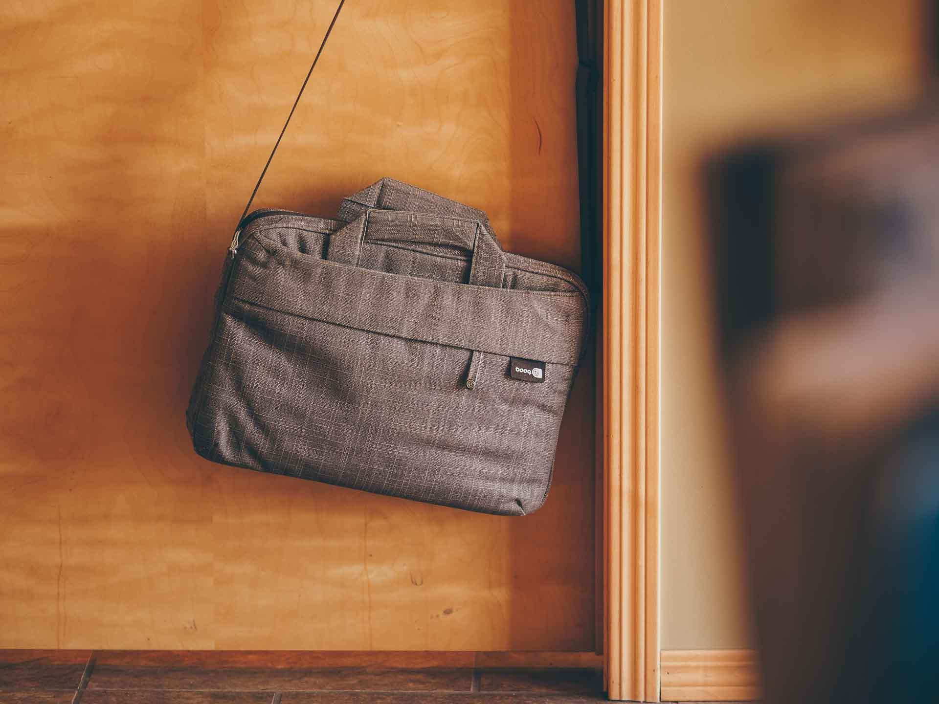 Booq Mamba Slim Courier Bag