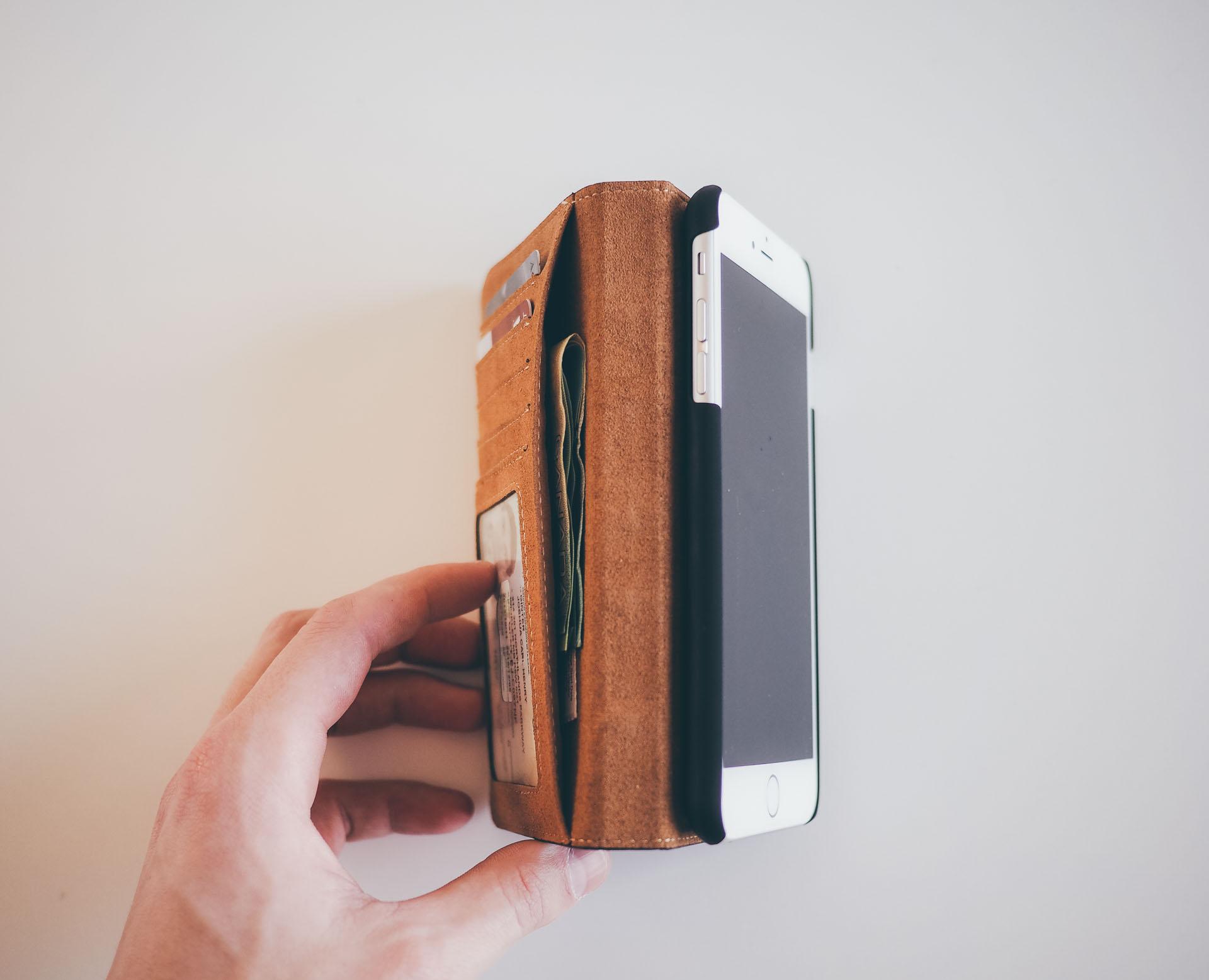 BookBook for iPhone 6 Plus