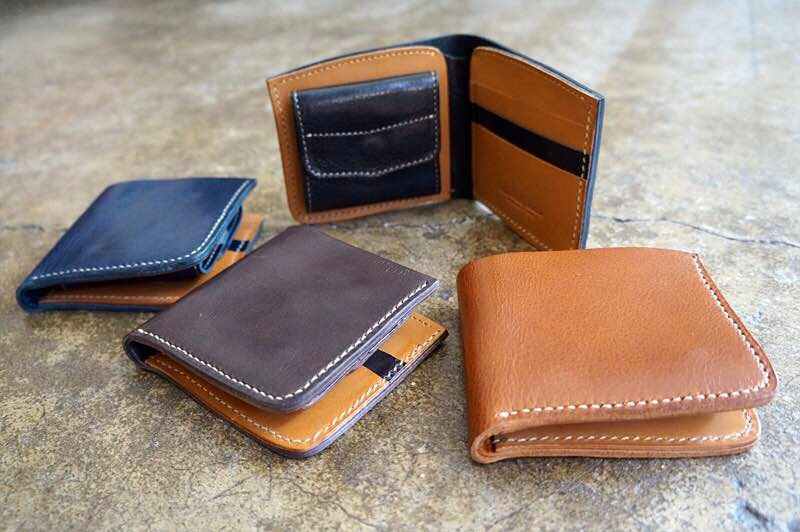 Roberu's Short wallet. (approx. $145 USD + $17 shipping)