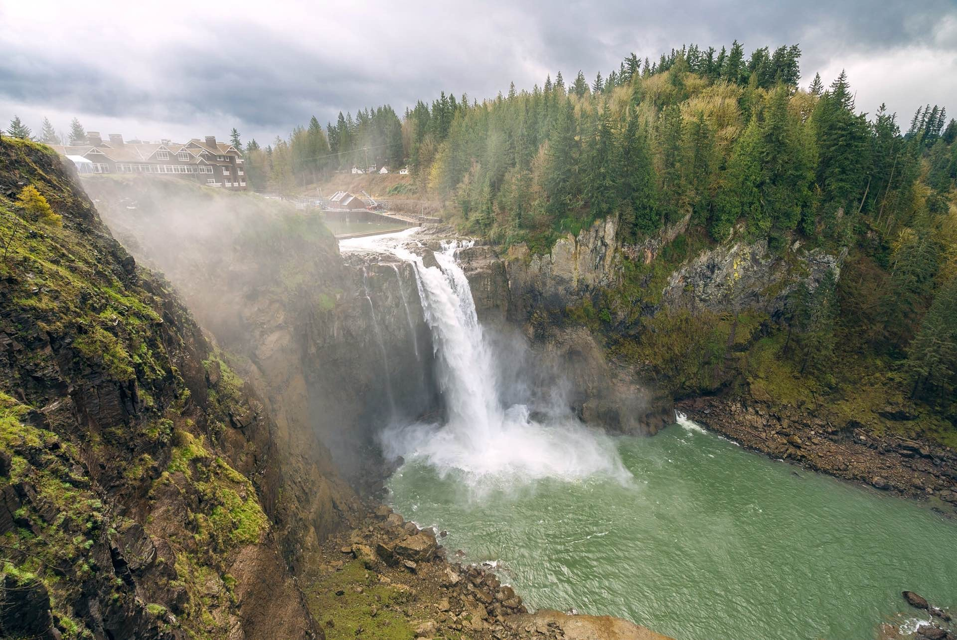Snoqualmie Falls. Photo: Paul Stamatiou