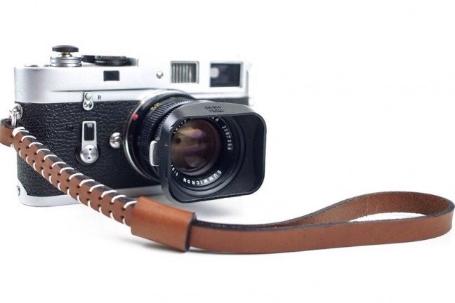 cub-and-company-camera-wrist-strap-russe