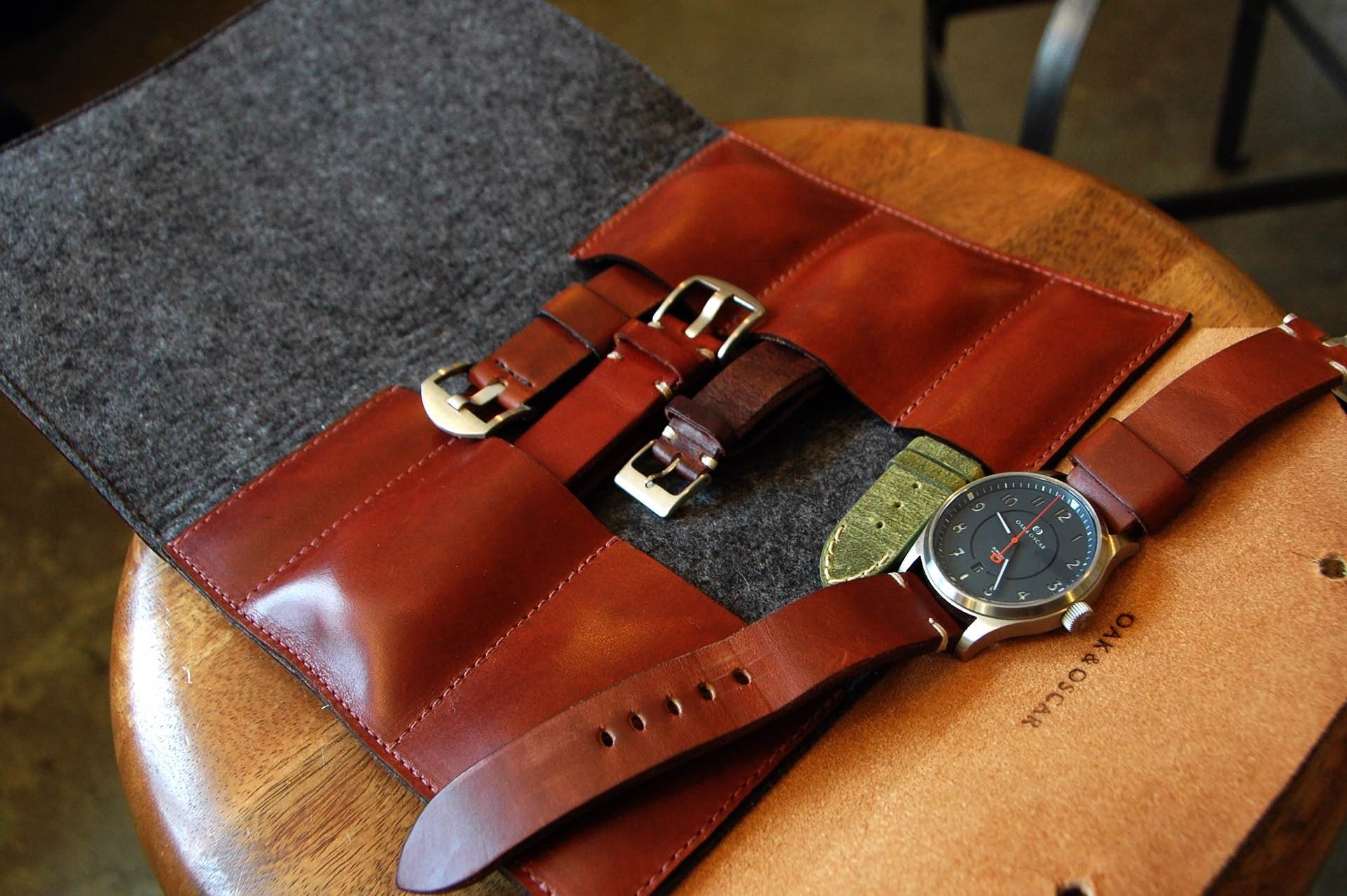 The watch wallet. (Straps pictured not included.)