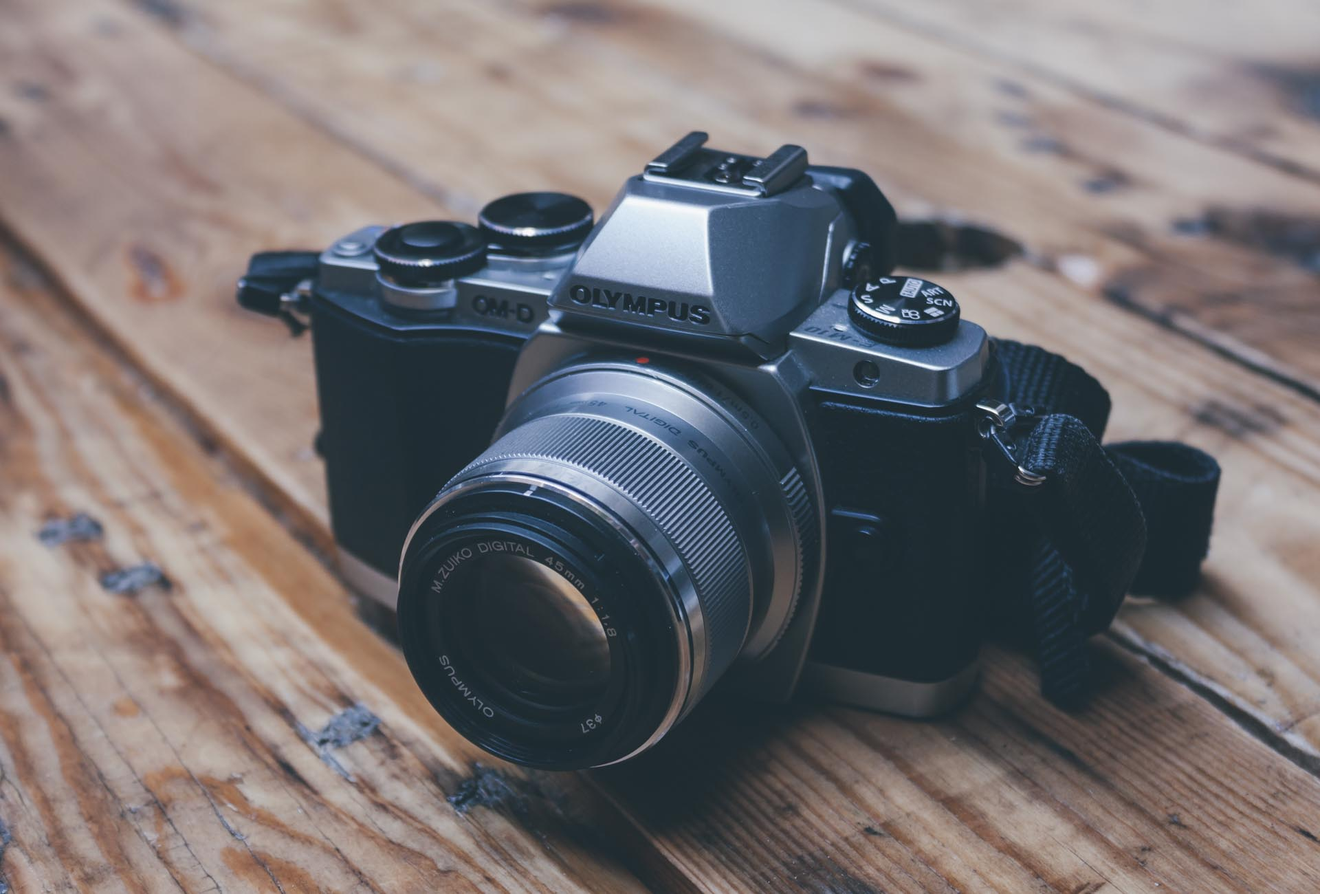 The Olympus M. Zuiko 45mm f/1.8 Micro Four Thirds Lens Review — Tools and Toys