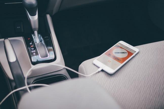 iphone-car-audio-3
