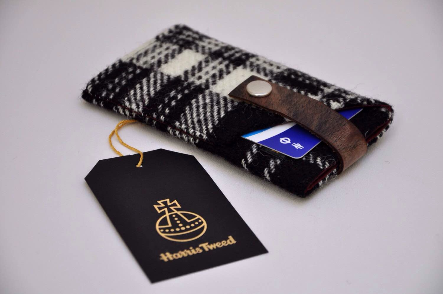 harris-tweed-device-sleeves-and-notebook-covers-3