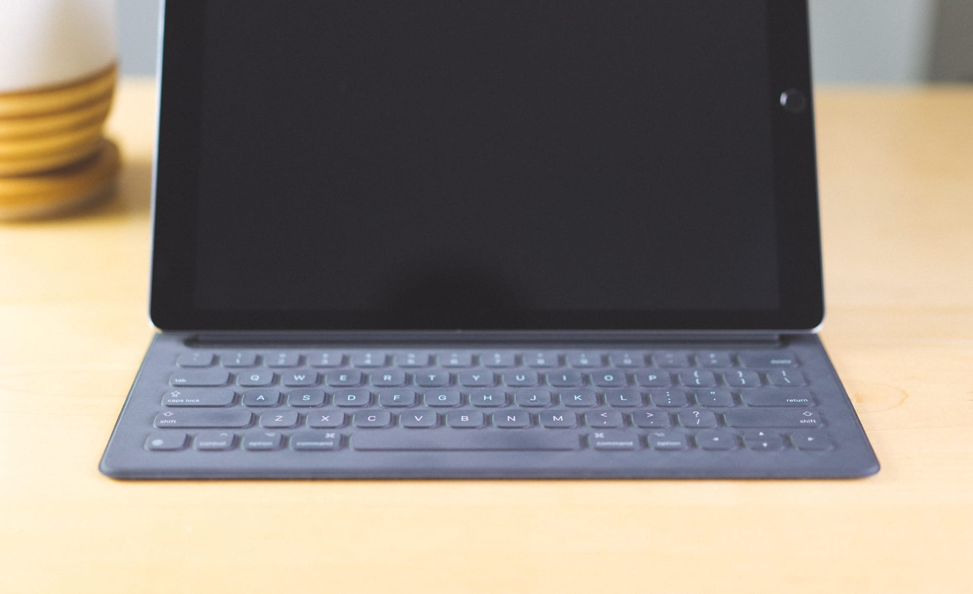 how to use apple keyboard with ipad