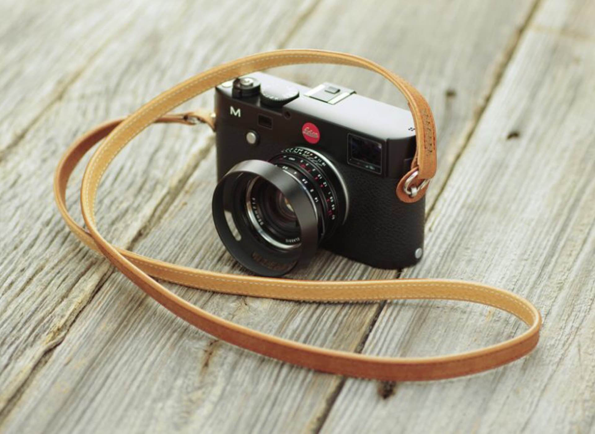 ulysses-classic-dritto-two-tone-leather-camera-strap