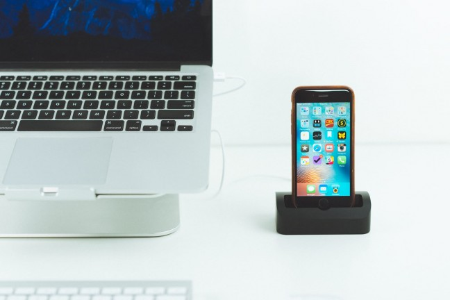 SS-iPhone-Docks-6