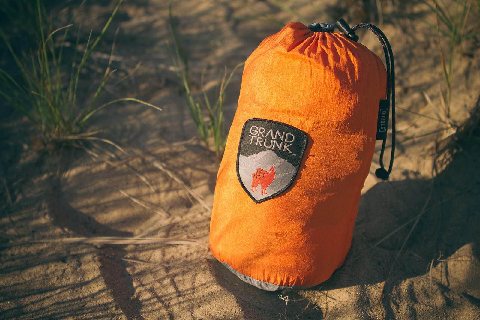 grand-trunk-parachute-nylon-hammock-2