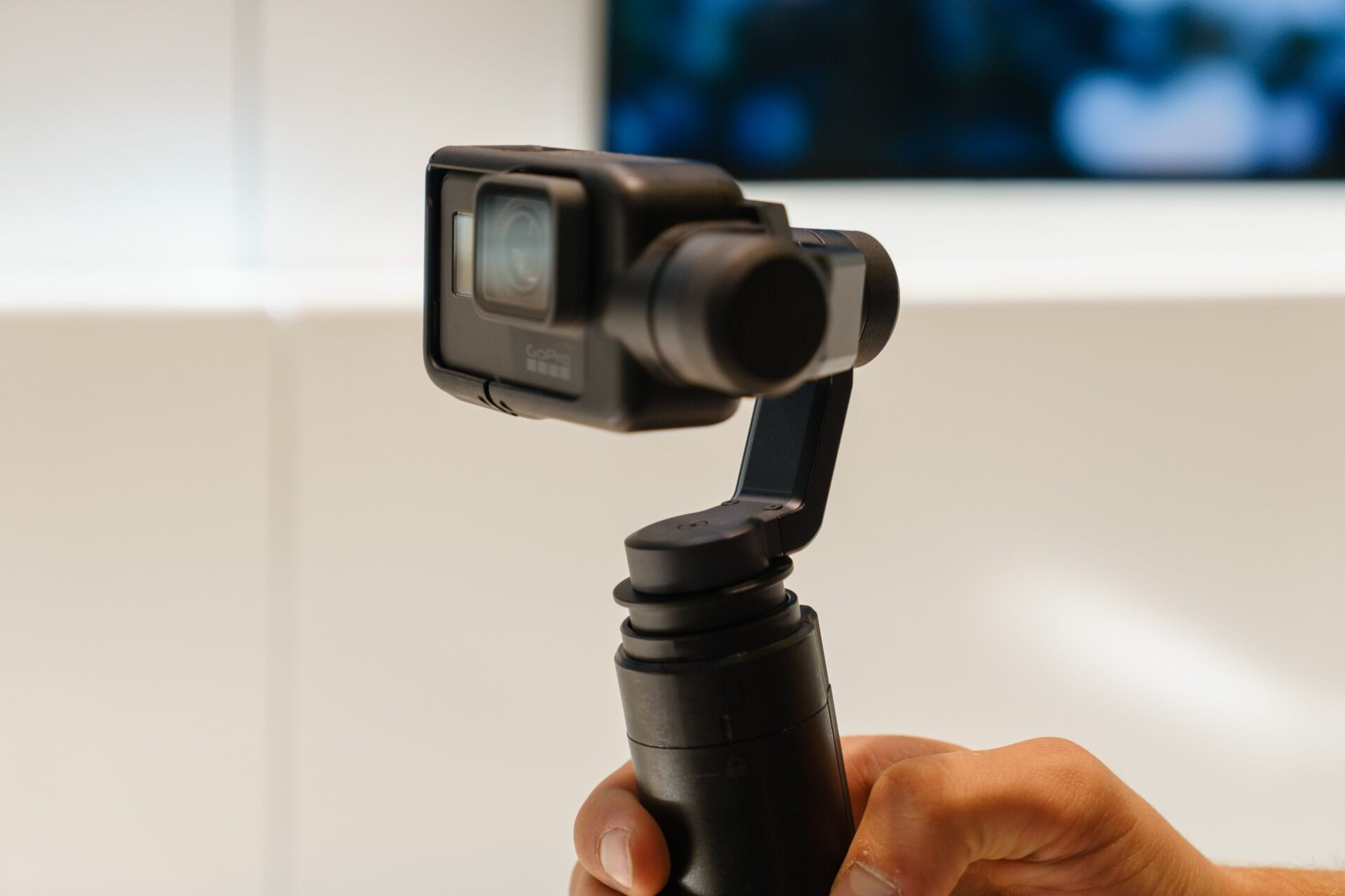 The Karma's 3-axis gimbal is removable and can be mounted on the included grip to be used hand-held.