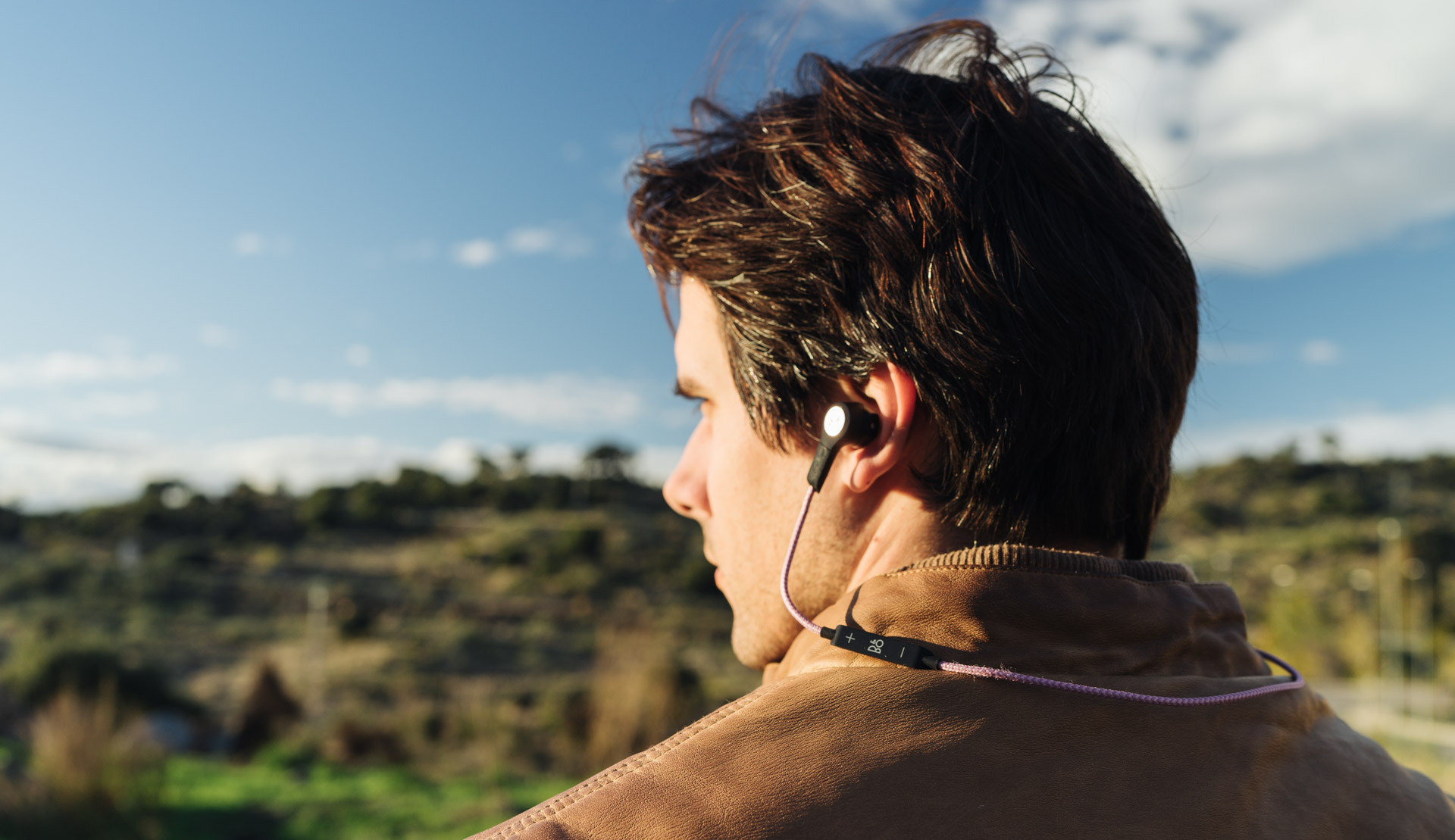 b74b1f41b43 A Review of the B&O PLAY Beoplay H5 Wireless Earphones — Tools and Toys
