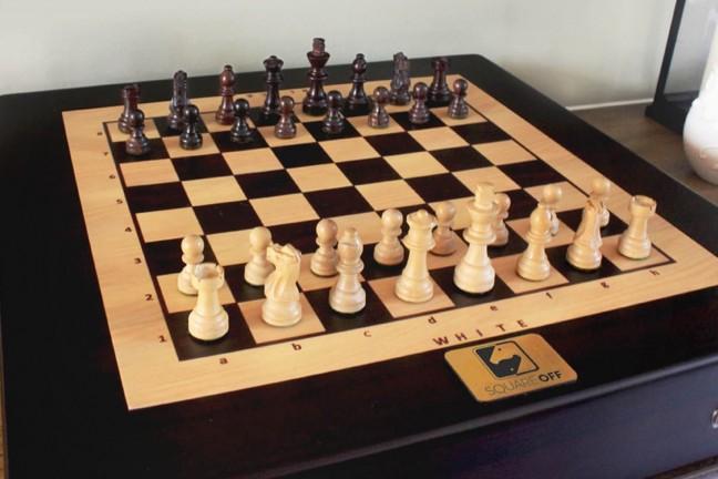 square-off-worlds-smartest-chess-board-kickstarter