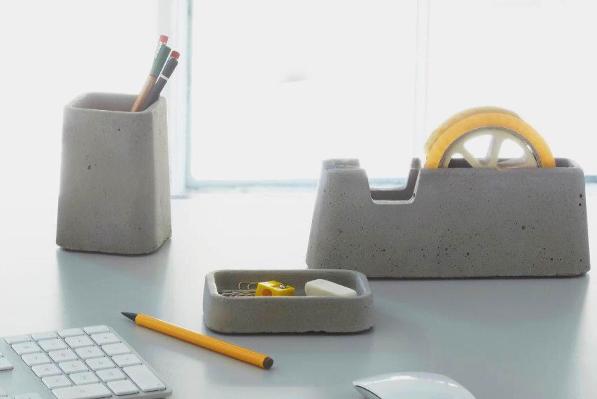 areaware-concrete-desk-set