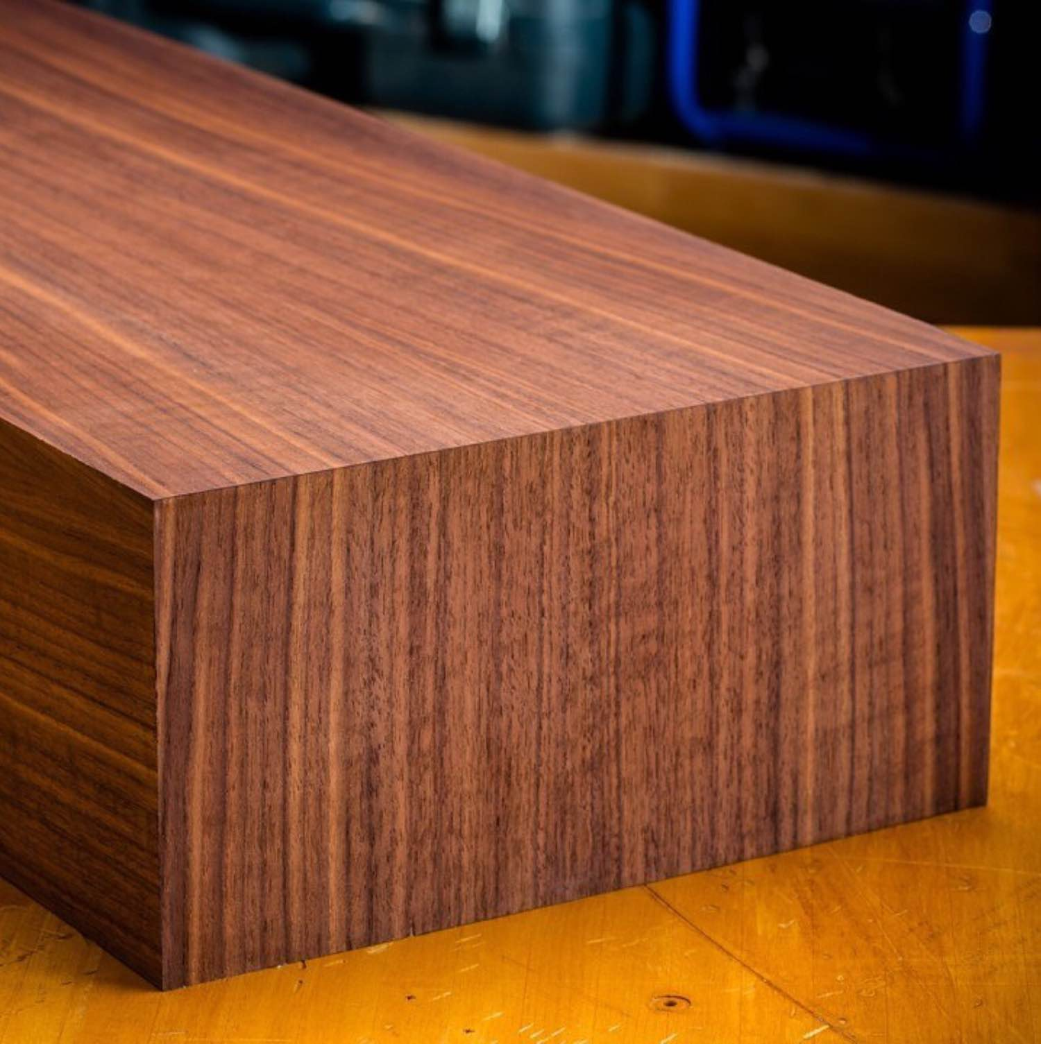 Look how beautifully the wood grain flows through that corner.