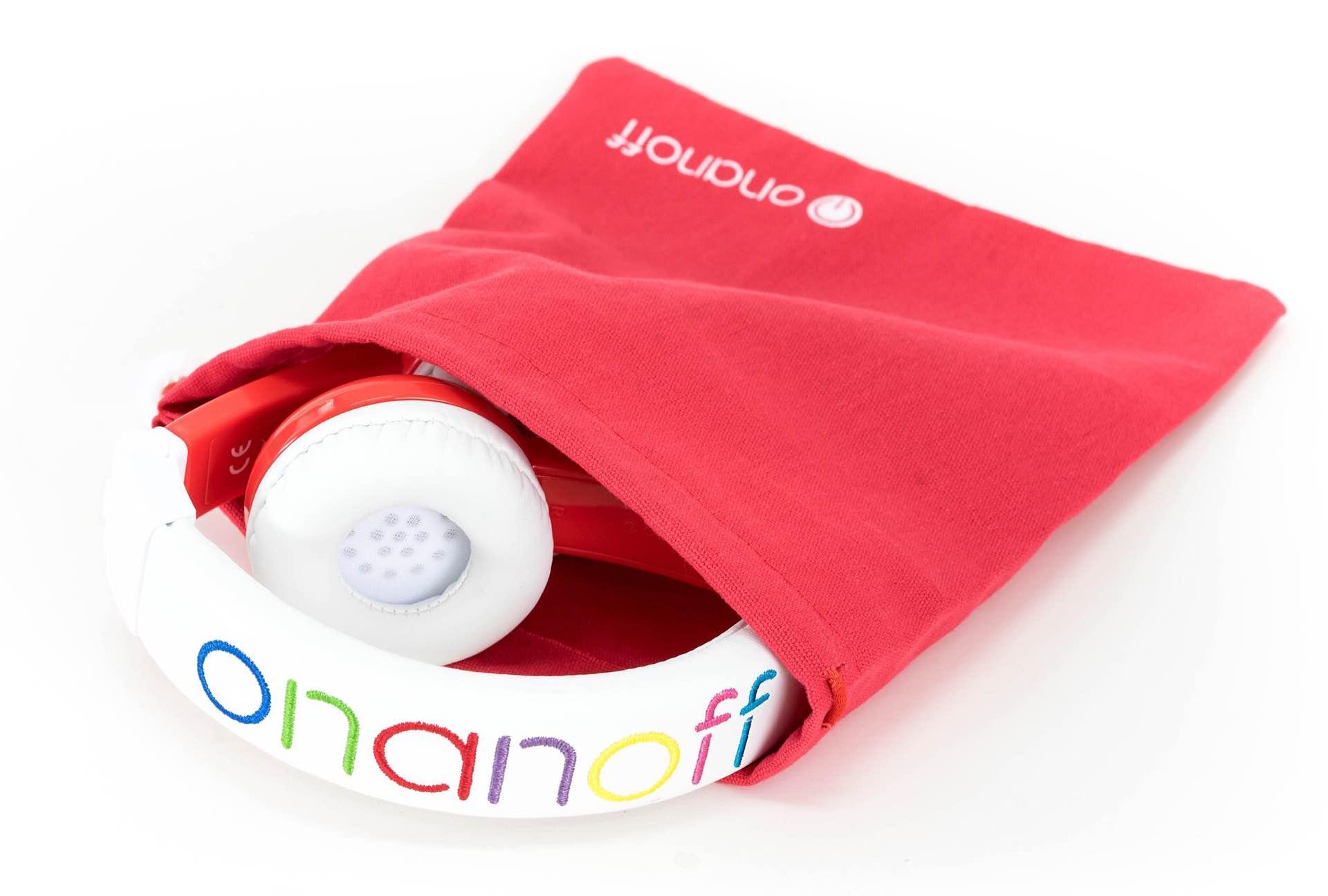 onanoff-explore-foldable-buddyphones-volume-limiting-headphones-for-kids