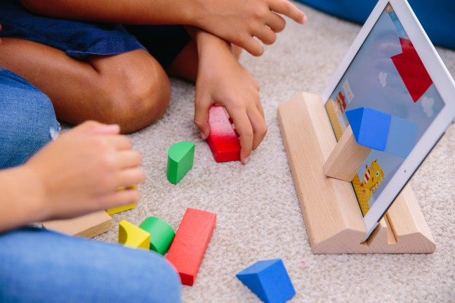 Magik Play_Kids playing_4