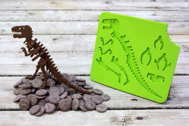 chocolateconstruction-edible-t-rex-mold