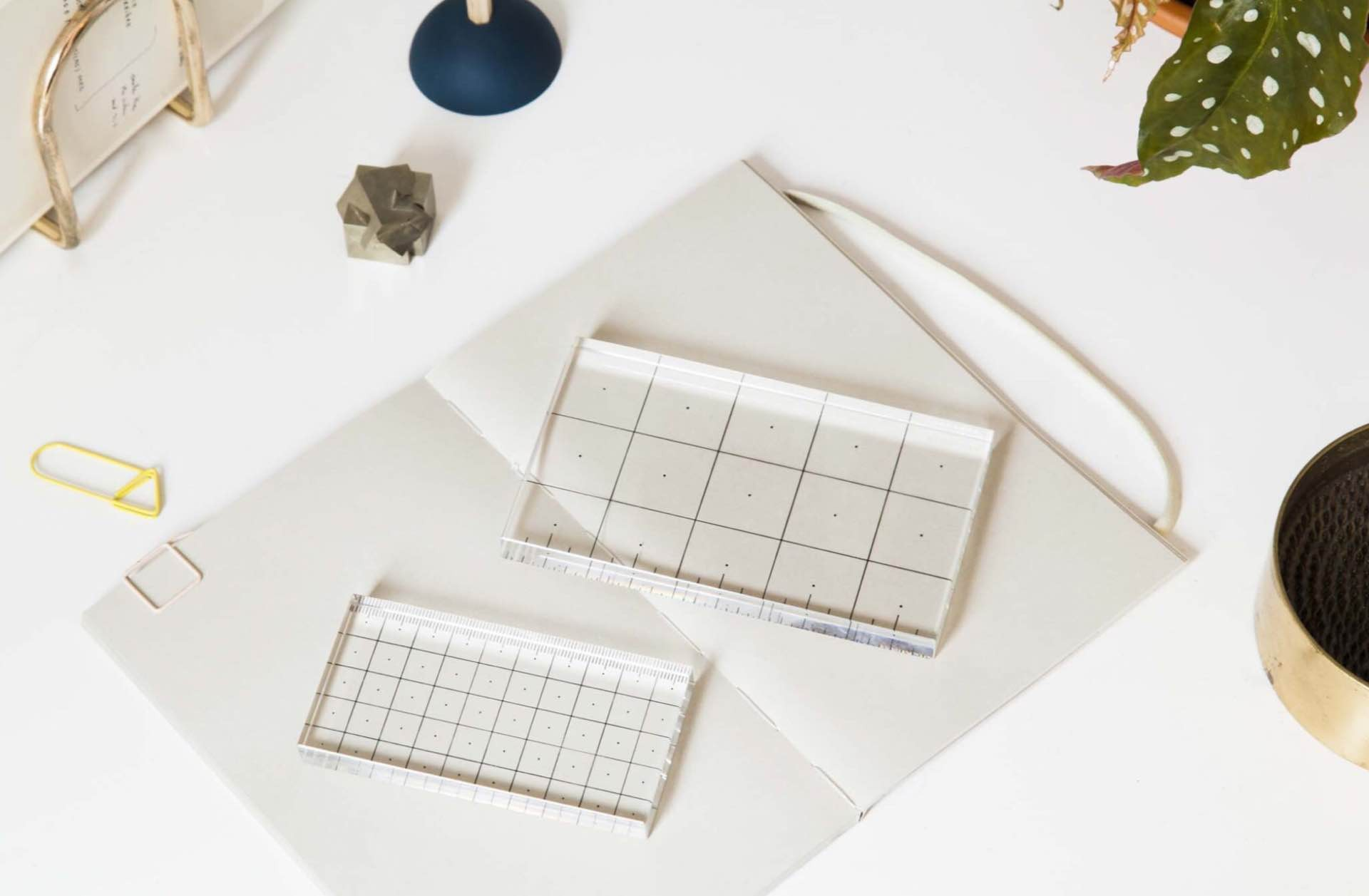 areaware-crystal-glass-rulers