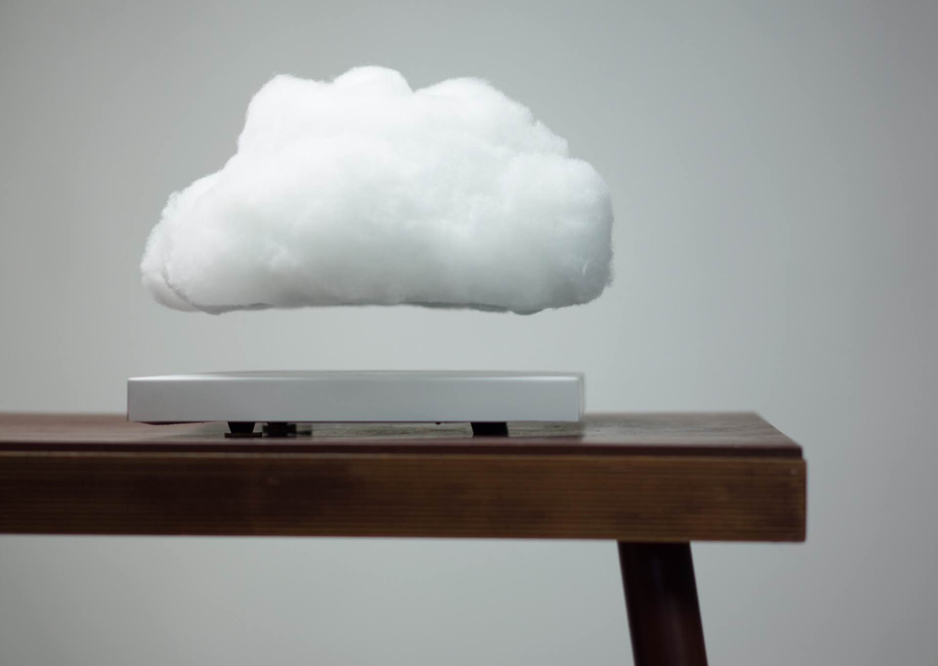 floating-cloud-lamp-richard-clarkson