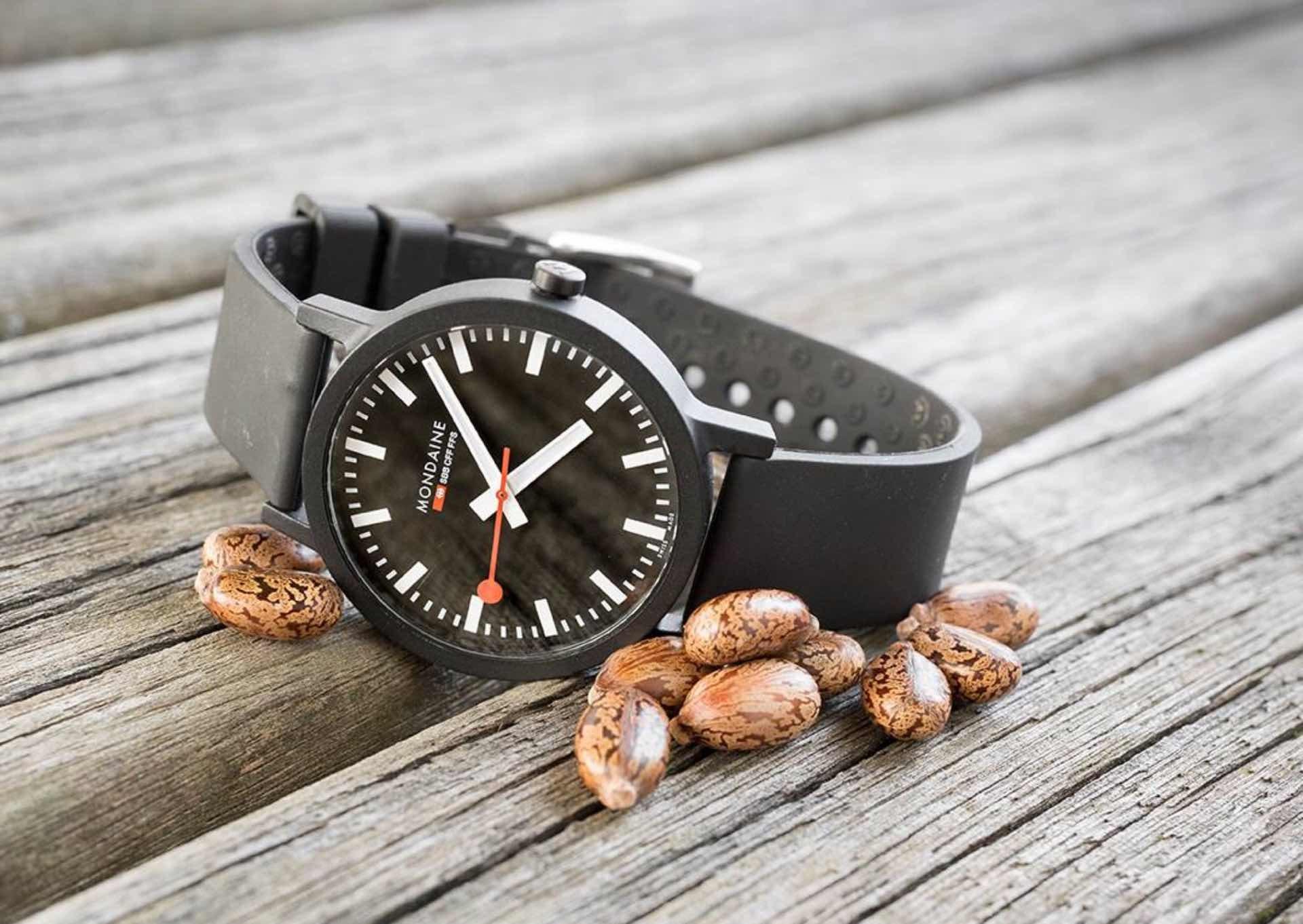 mondaine-sbb-essence-watch