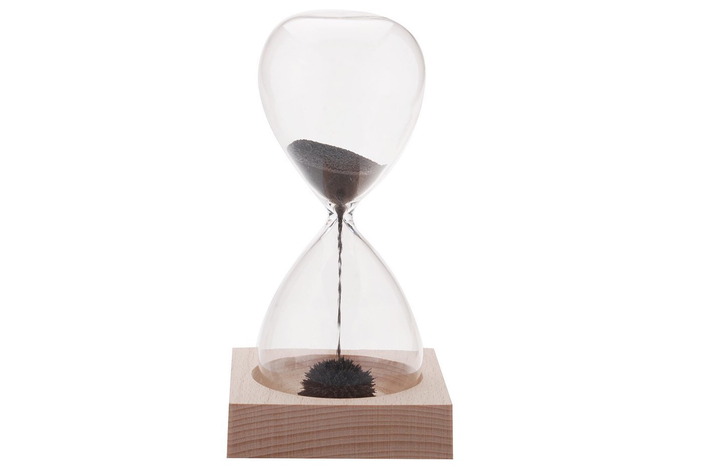 kikkerland-magnetic-hourglass
