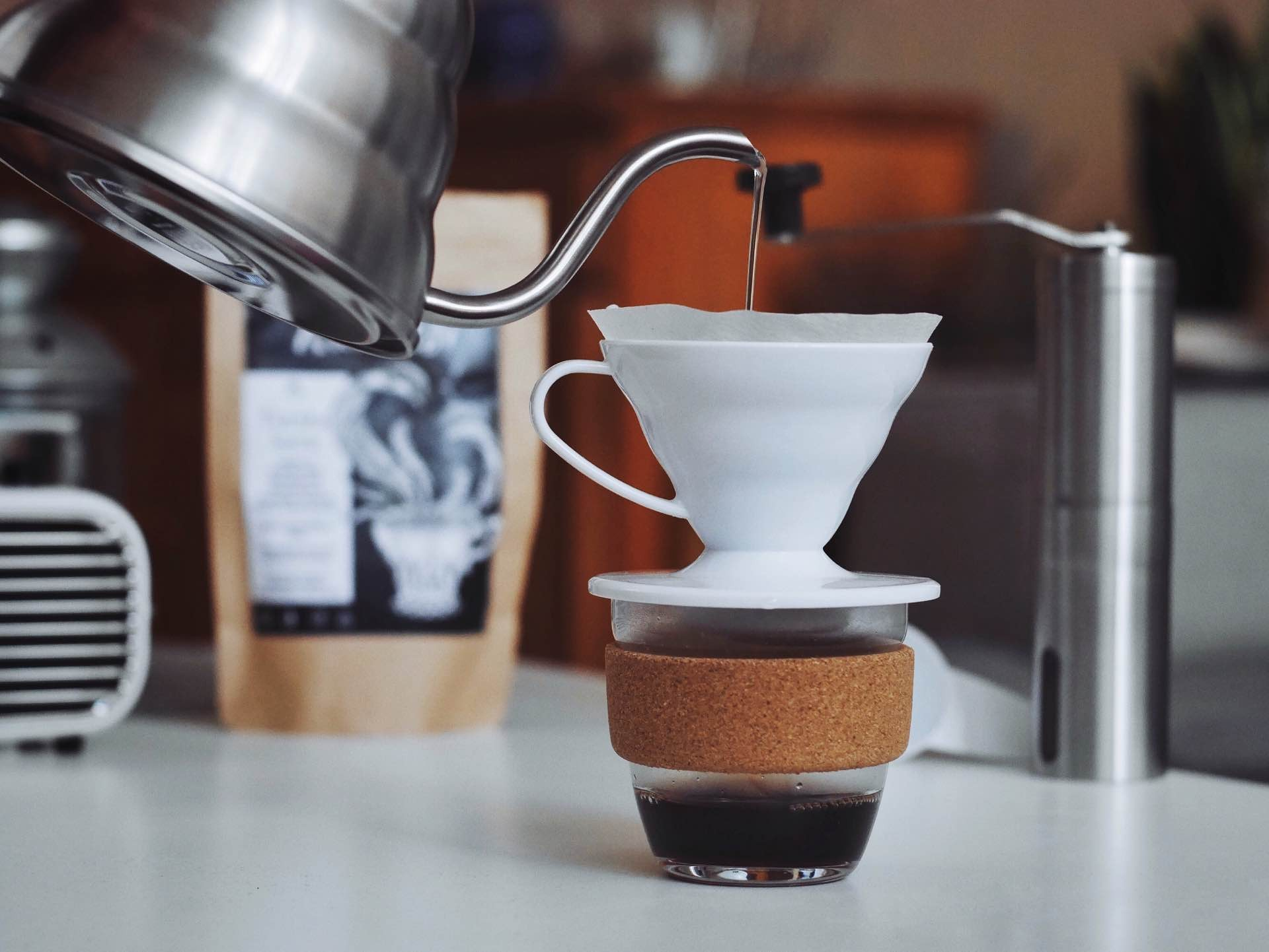 hario-v60-pour-over-coffee-goran-ivos