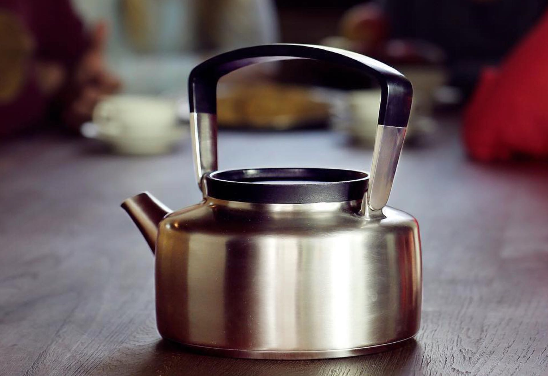 The Tias Kettle by Os Tableware. ($220)