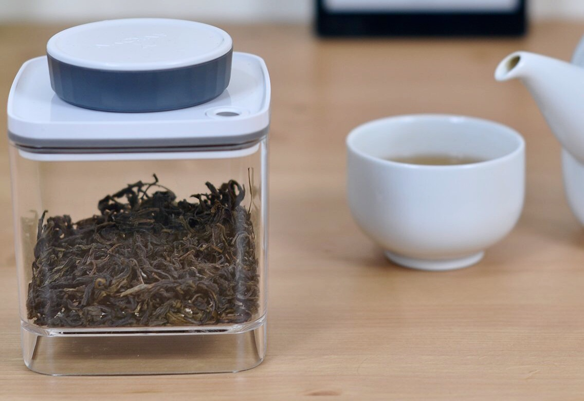 Ankomn Turn-N-Seal container. ($30–$40 per individual container)