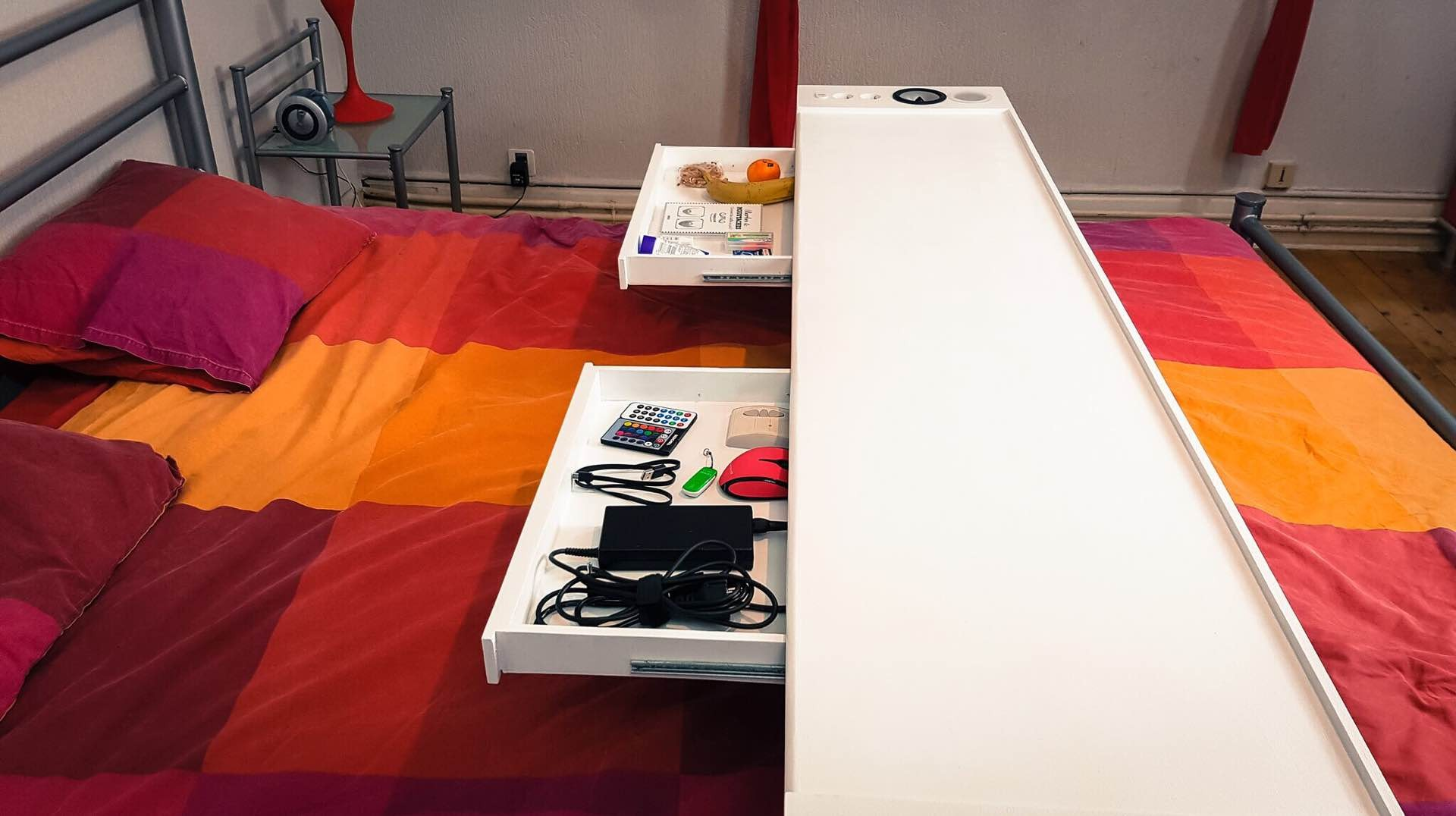 bedchill-connected-overbed-rolling-table-2
