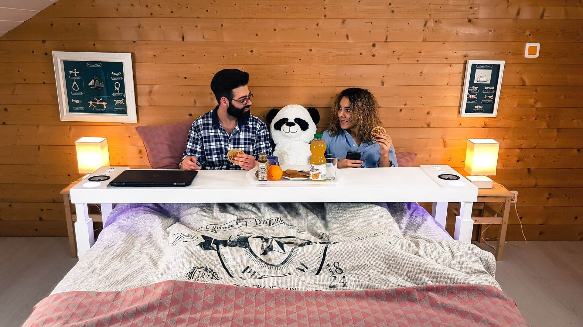 bedchill-connected-overbed-rolling-table