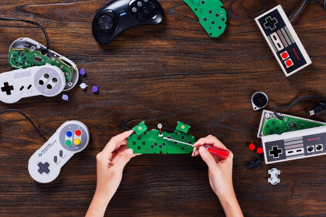 8bitdo-diy-bluetooth-retro-gaming-controller-kits