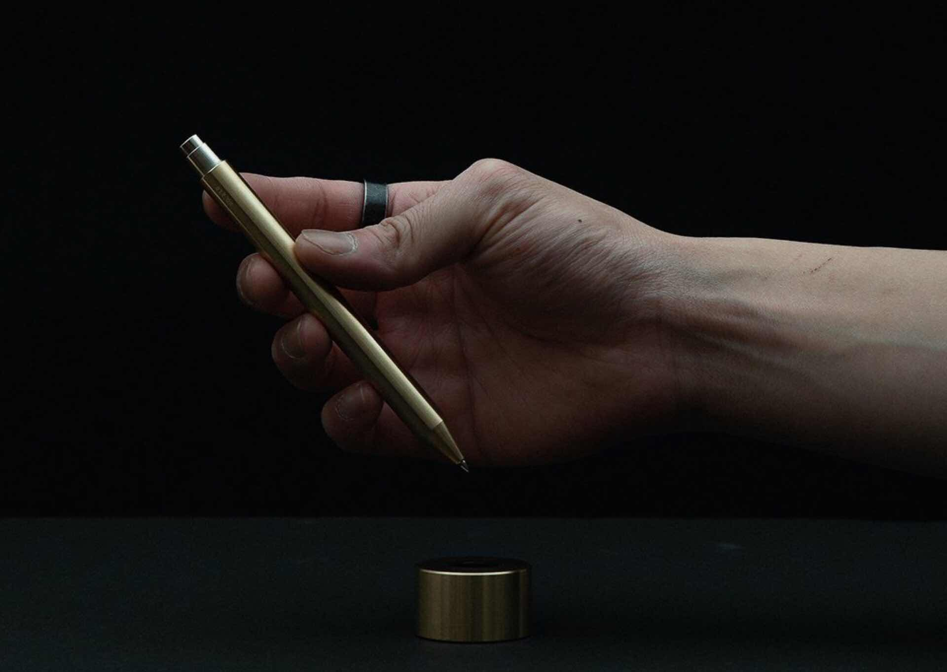 inventery-brass-mechanical-pen-and-stand-collection