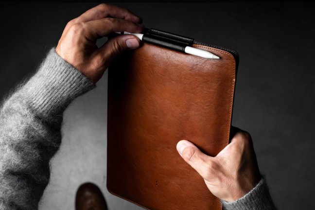 hard-graft-slim-fit-leather-ipad-pro-case