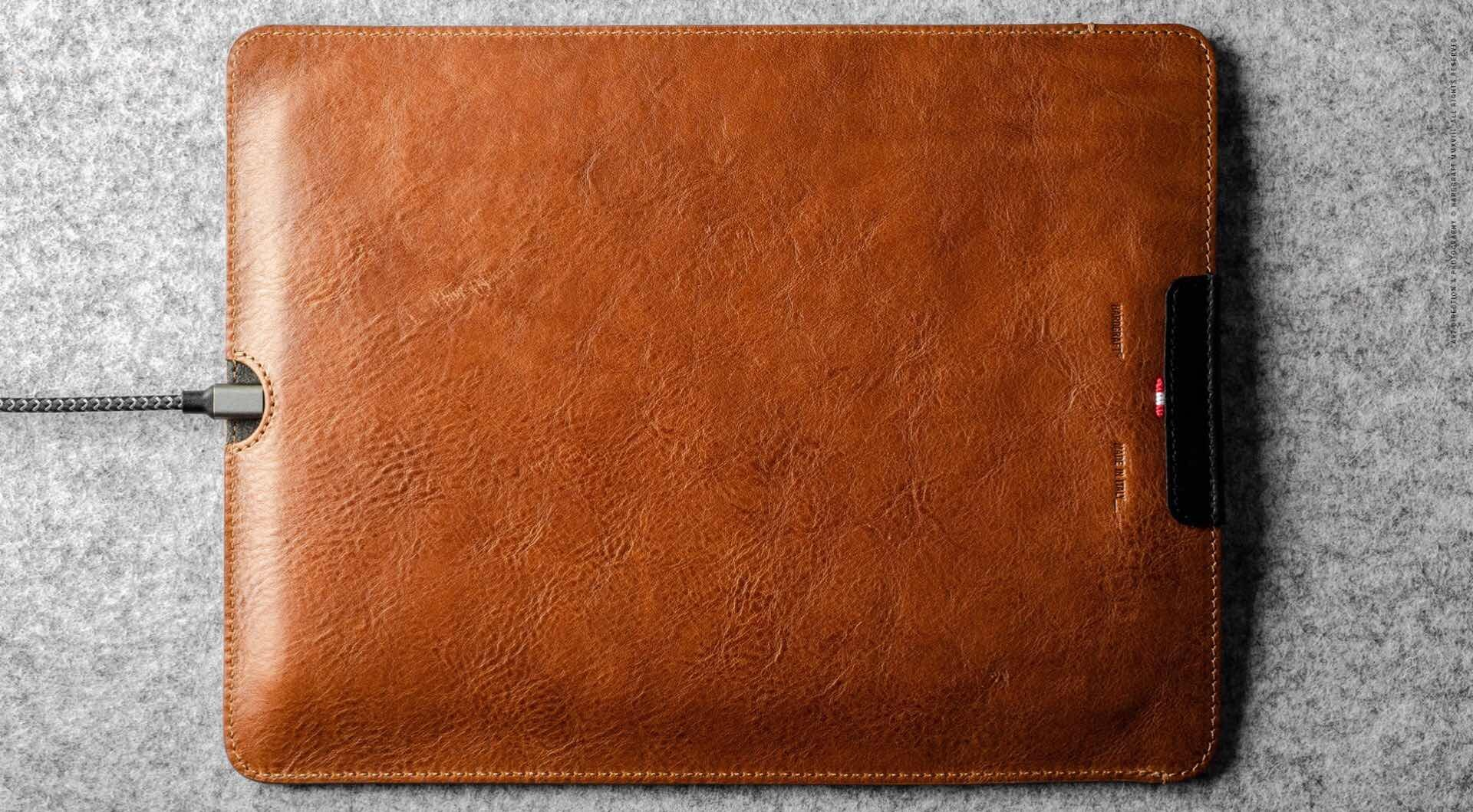 hard-graft-slim-fit-leather-ipad-pro-case-3