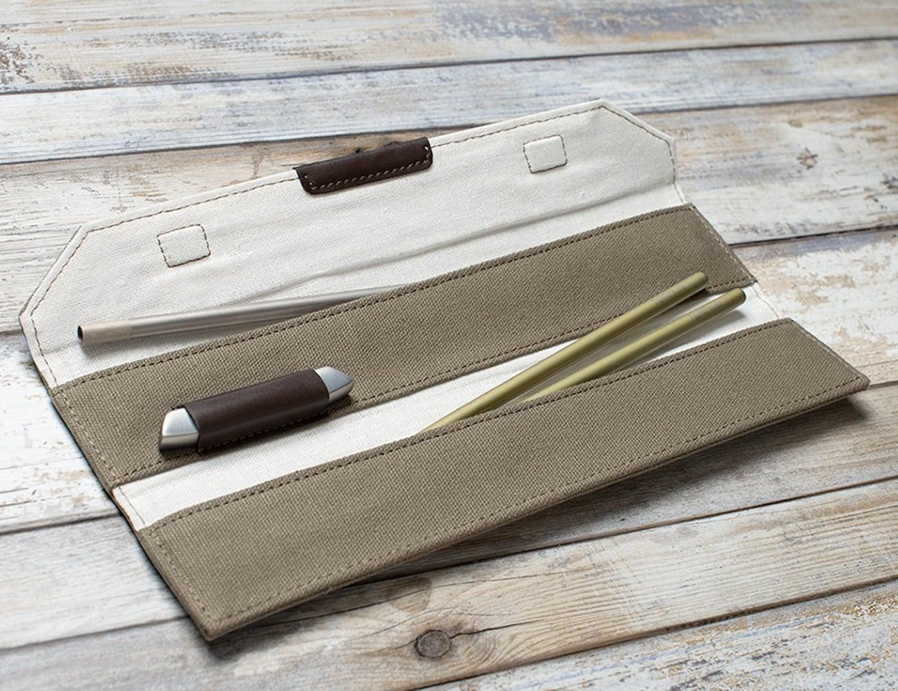 twinz-titanium-chopsticks-deluxe-carrying-pouch