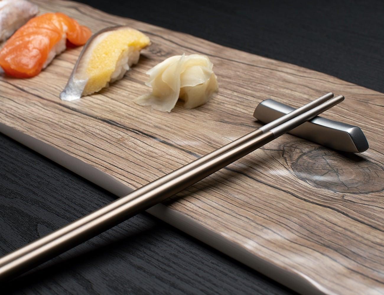 twinz-titanium-chopsticks