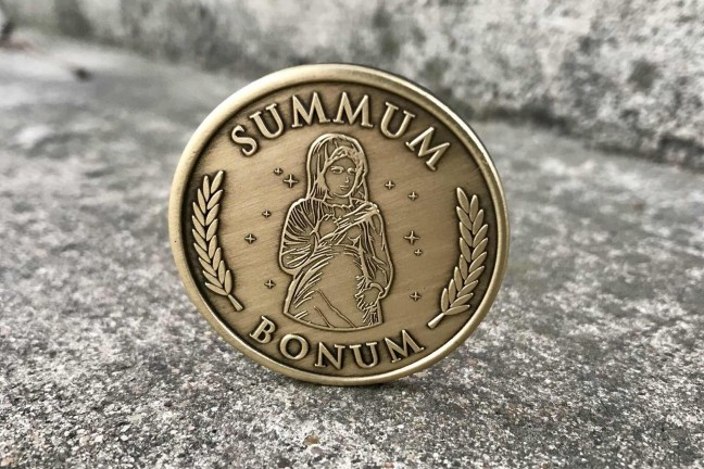 ryan-holiday-summum-bonum-medallion-front