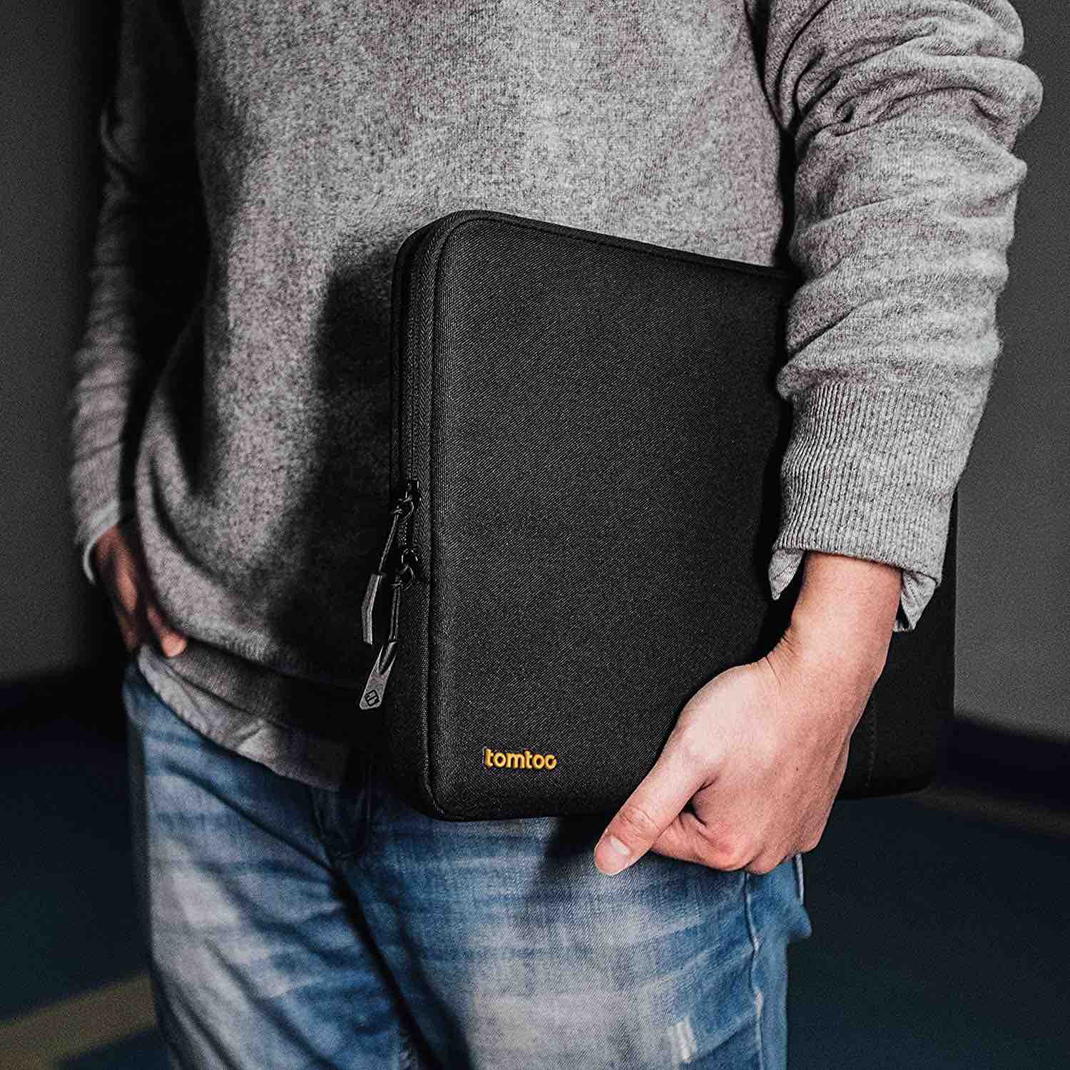 tomtoc-360-degree-protective-laptop-sleeve-2