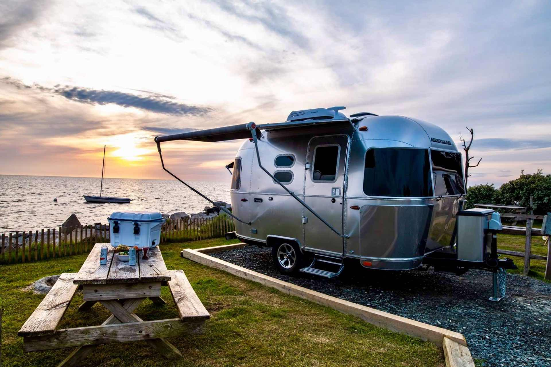 airstream-caravel-bambi-trailers-2020