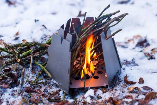 vargo-titanium-hexagon-wood-stove