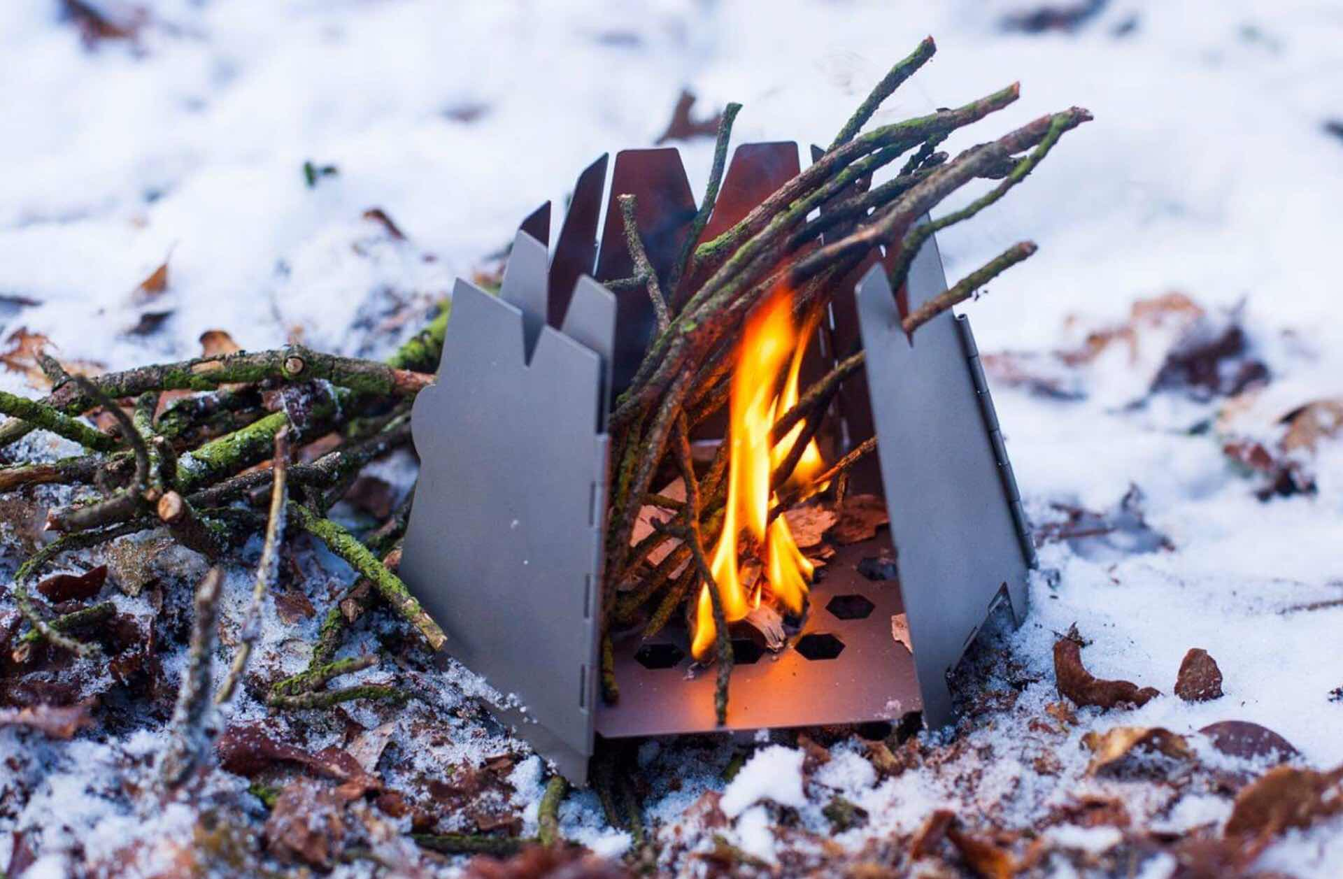 vargo-titanium-hexagon-wood-stove