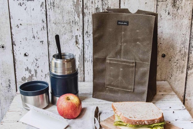 peg-and-awl-marlowe-waxed-canvas-lunch-bag
